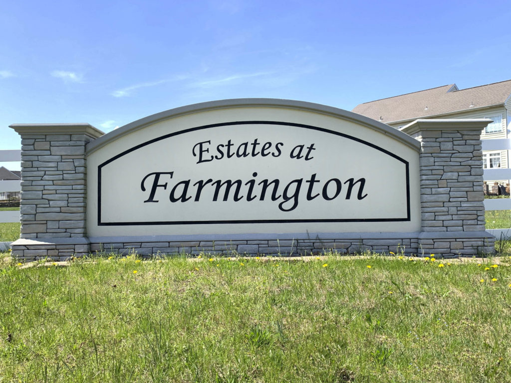 Estates at Farmington Entry Sign