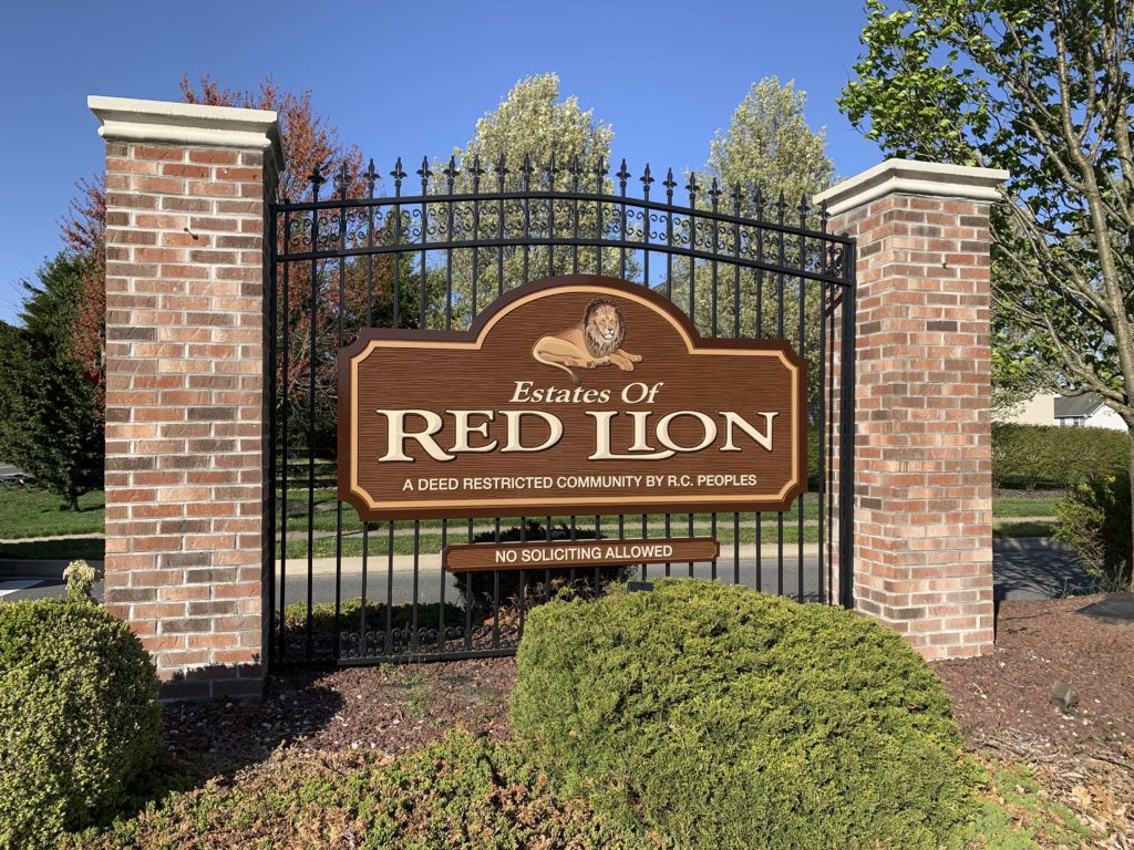 Estates at Red Lion Entry Sign