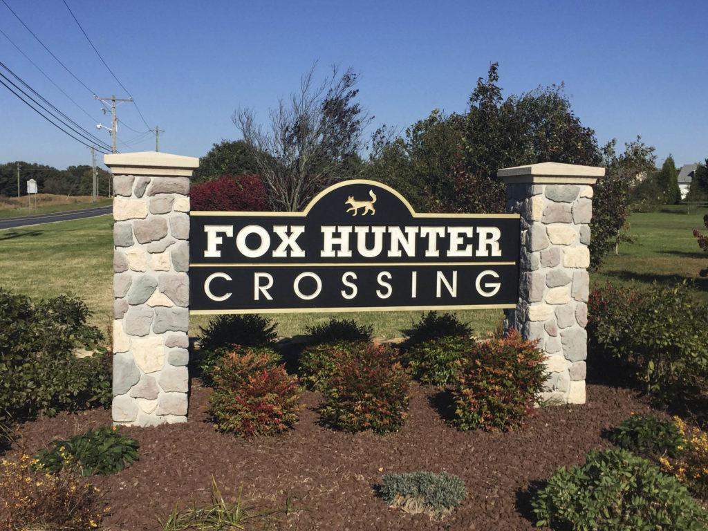 Fox Hunter Crossing Entry Sign