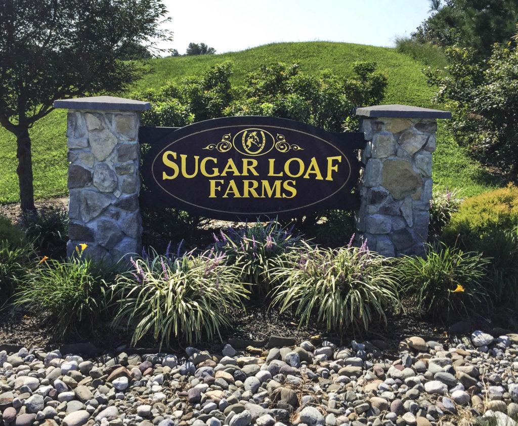 Sugar Loaf Farms Entry Sign