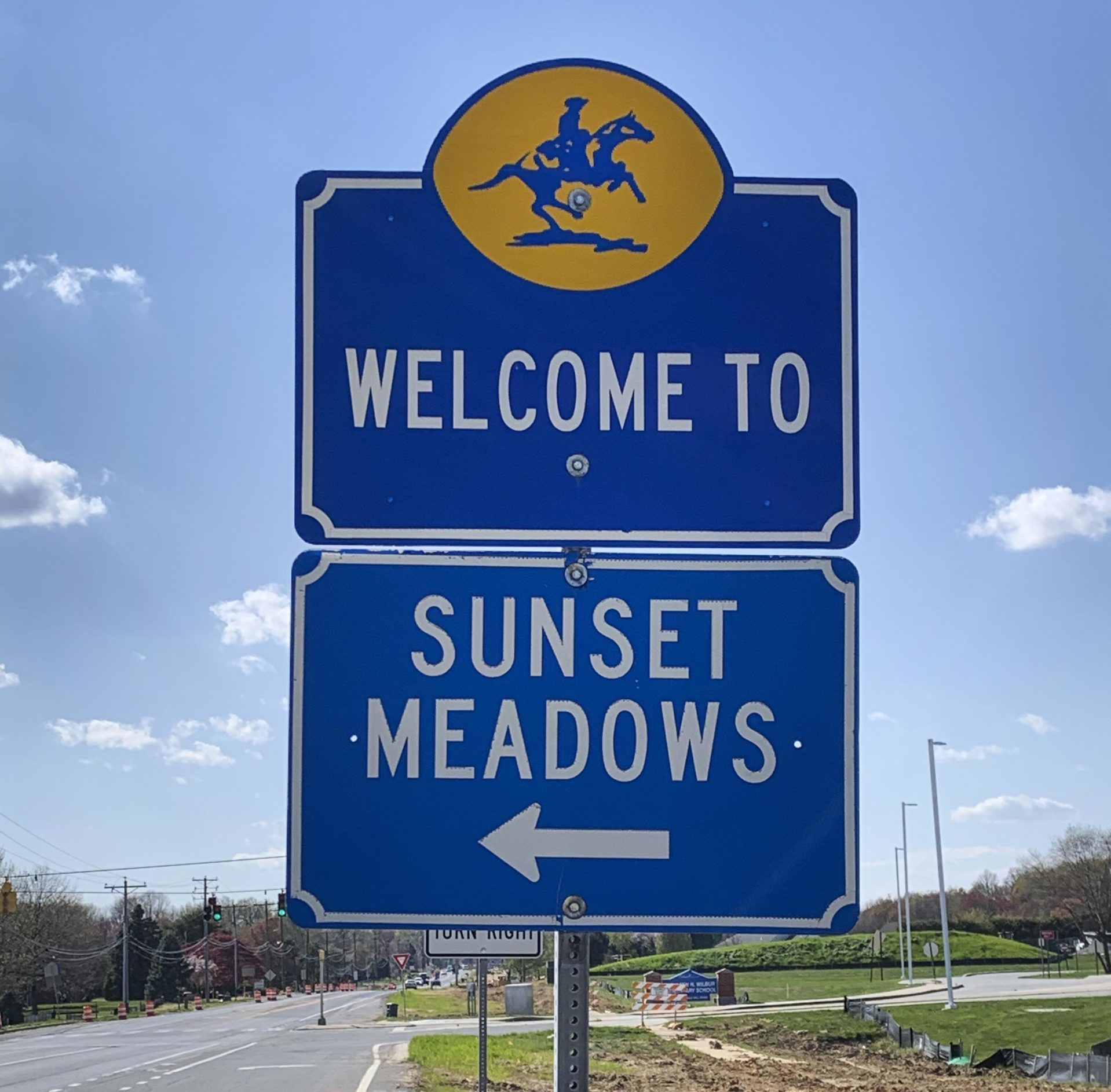 Sunset Meadows Entry Sign